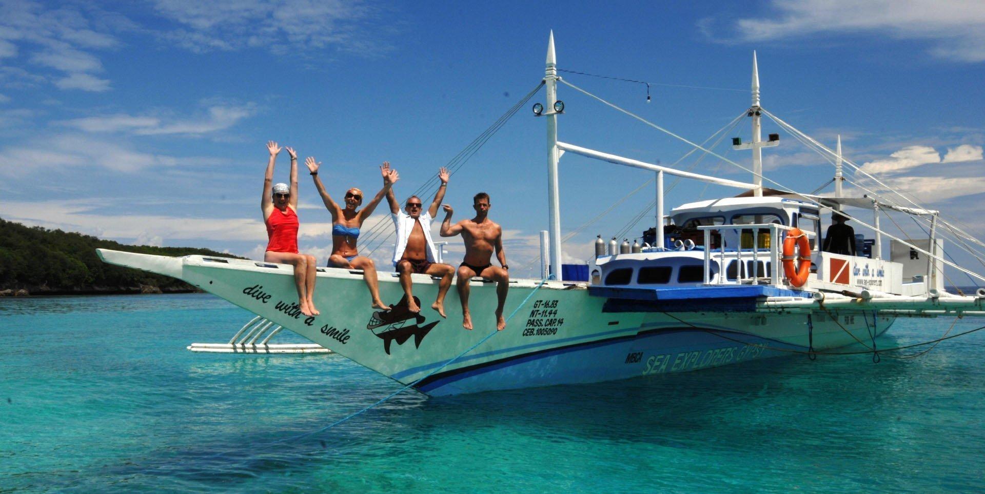 Sea Explorers Snorkel Boat