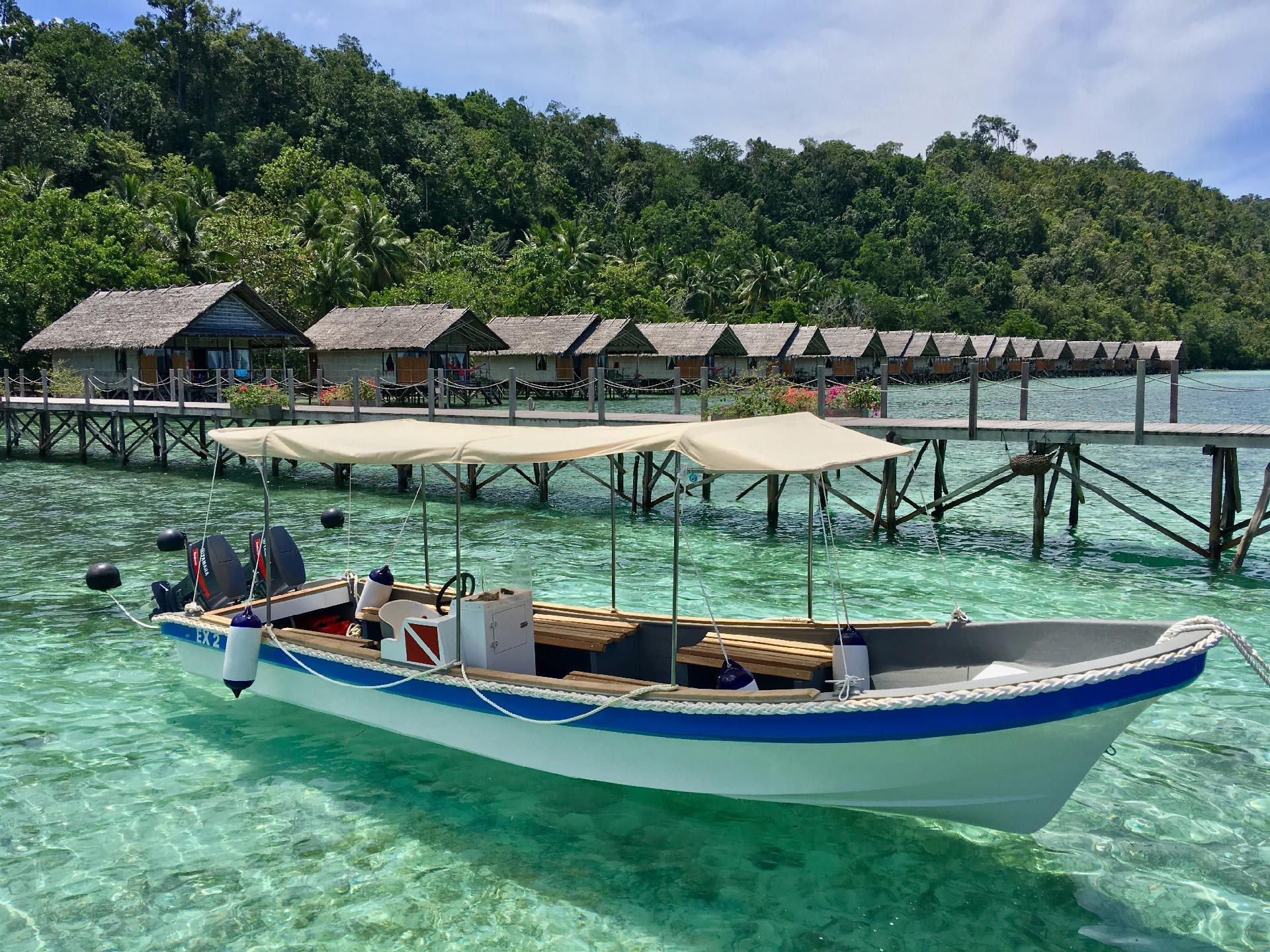 Papua Explorers Snorkel Boat