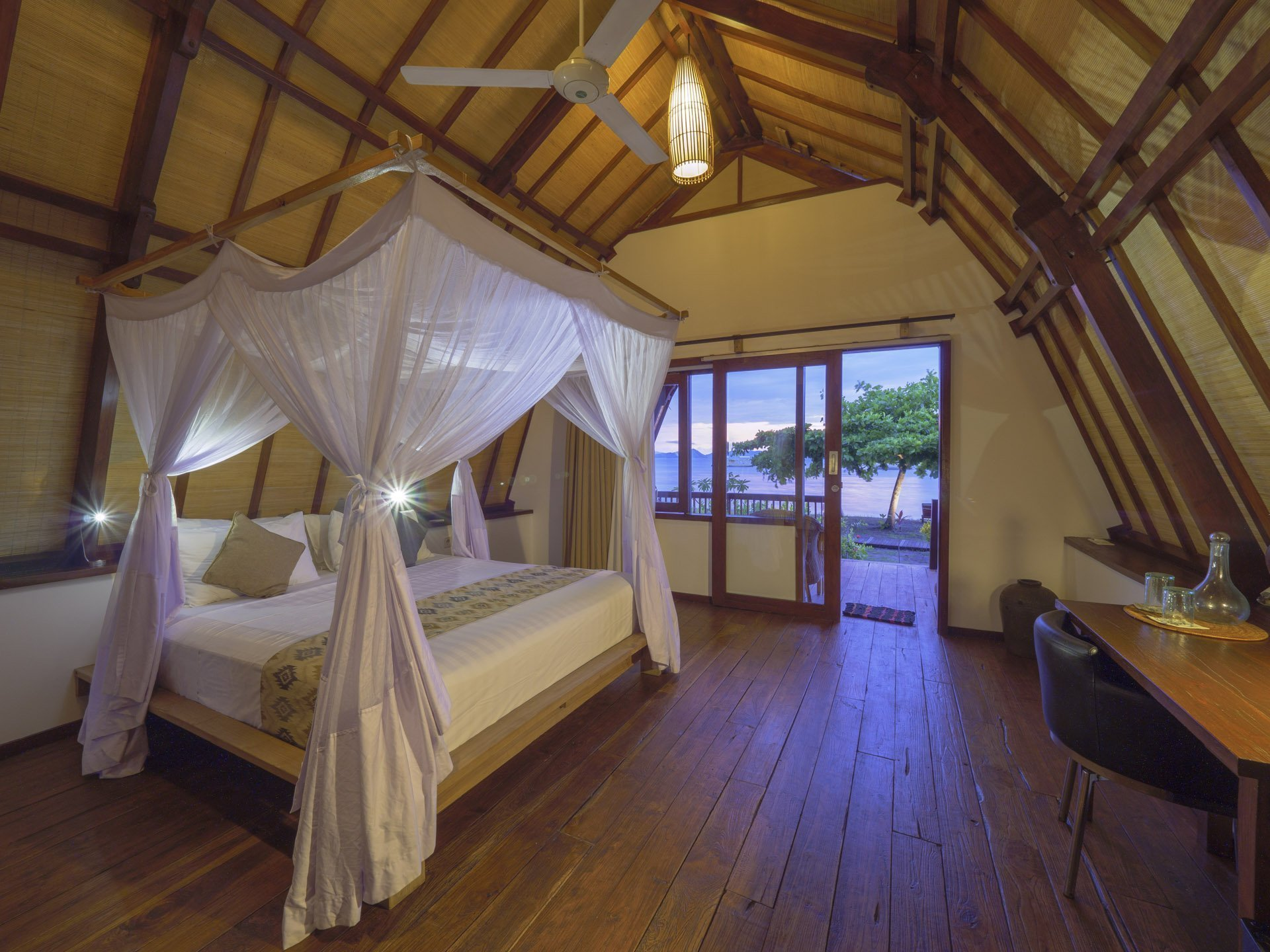 Komodo Resort Rooms