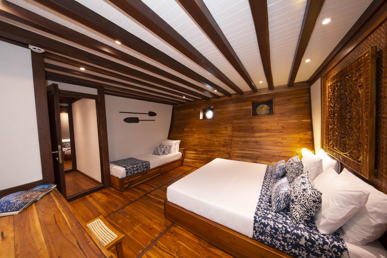 cabin on coralia liveaboard