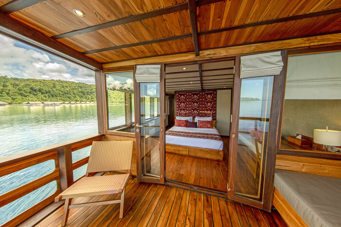 cabin on coralia liveaboard